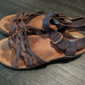 Chaco leather Fallon sandals size 8